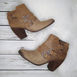 DOLCE VITA TAN SUEDE BUCKLE ANKLE BOOTIES 9